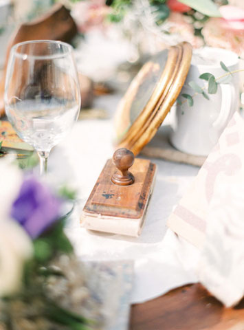 vintage wedding detail