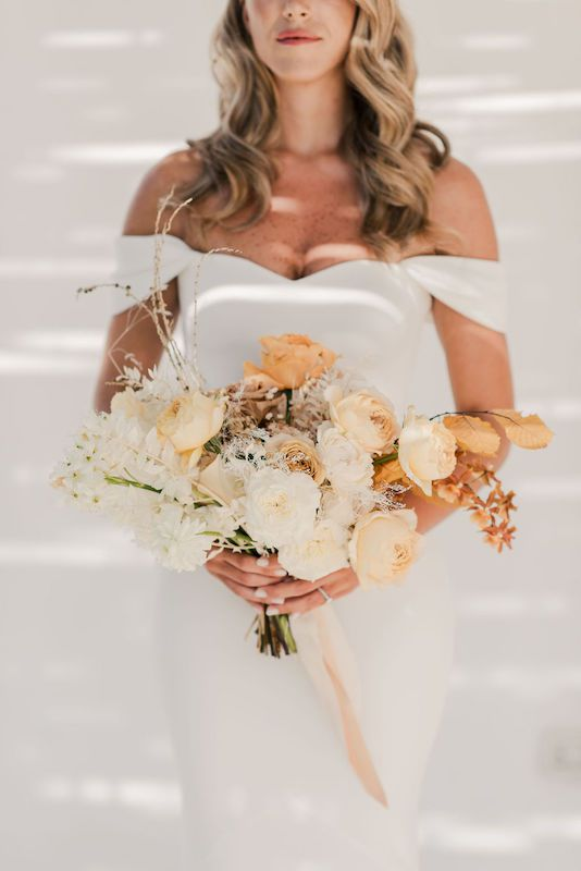 Bridal bouquet degrade effect