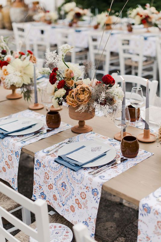 This placemants are a special detail for a wedding table setting