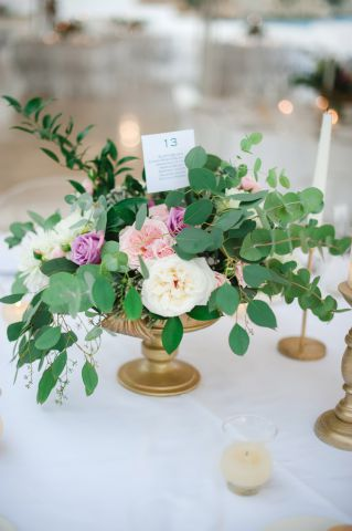 simple flower arrangement for wedding in Italy