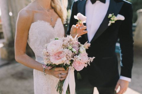 beautiful bouquet for the bride, in trend with 2017