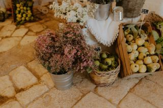 baskets with flowers for rustic decor