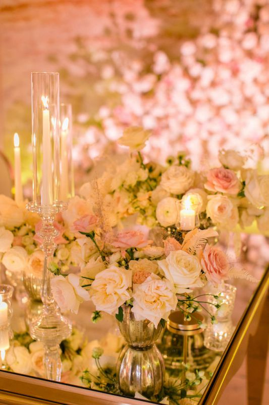 Flower inspiration for  white roses and nude pink roses