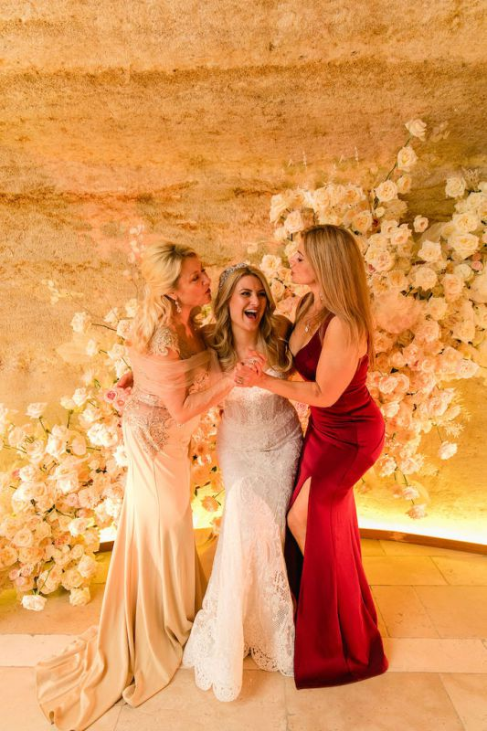 Luxury flower wall as photo booth