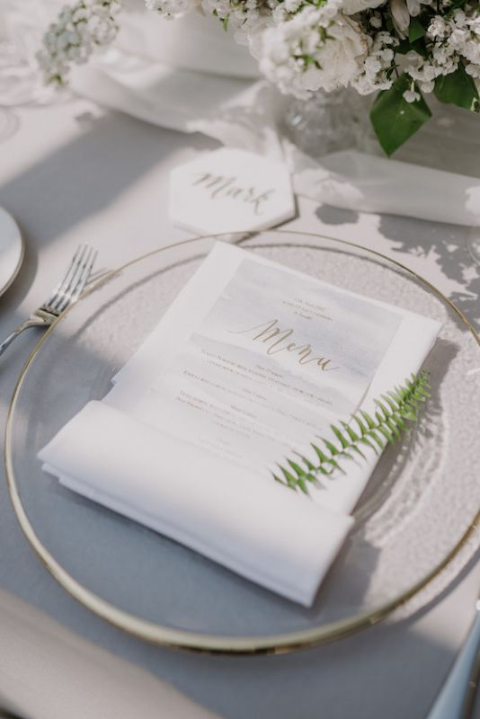 Placecard with leaf