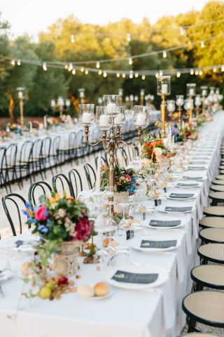 long table centerpiece for wedding in Italy
