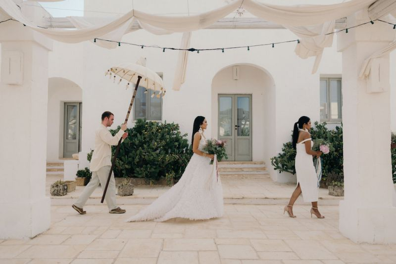 Here comes the bride in Masseria Potenti