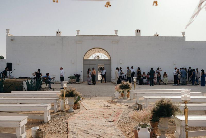 Wedding ceremony decor in Masseria Potenti