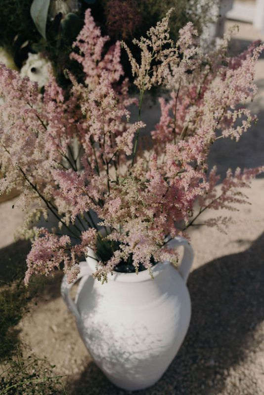 Pink Astilbe for boho wedding in Masseria