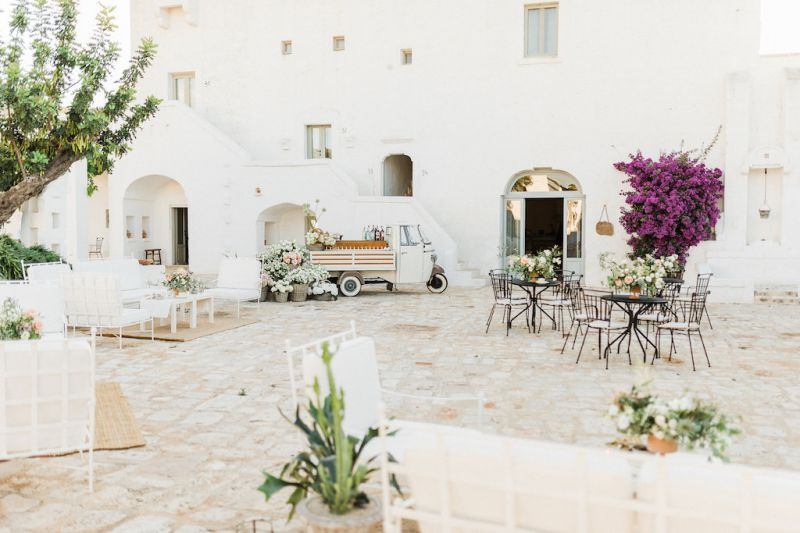 Wedding flowers in Masseria Le Carrube