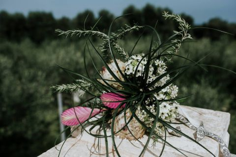strange bridal bouquet with succulents plants